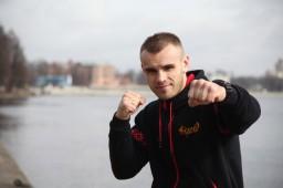 Сергей Романов - Впервые набрал после вешалки 7 кг