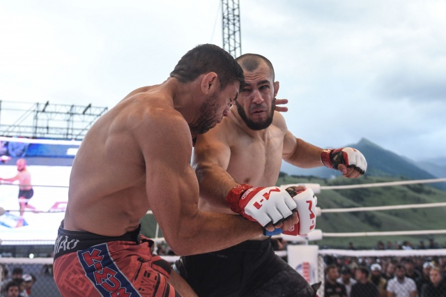 Жорже Родригес Сильва vs Хамзат Аушев, M-1 Challenge 95