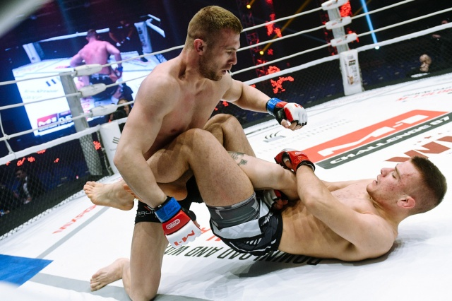 Александар Ракаш vs Анатолий Лягу, M-1 Challenge 87
