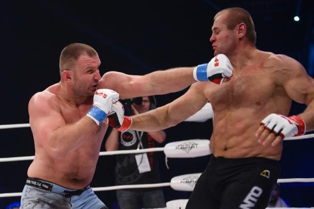 Дамиан Грабовски vs Константин Глухов, M-1 Challenge 53