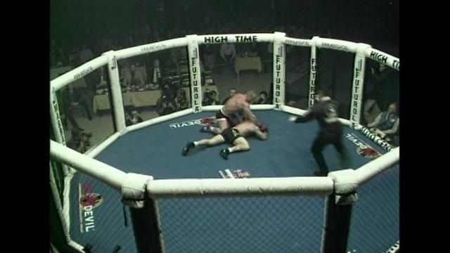 Ларри Паркер vs Колин Секстон, M-1 MFC - World Championship 2000
