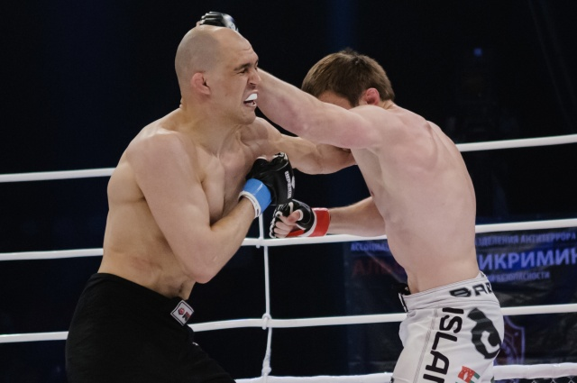 Илья Додеркин vs Ислам Гугов, M-1 Challenge 39