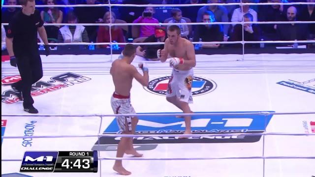 Магомед Магомедов vs Дамиан Стасяк, M-1 Challenge 37
