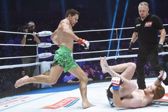 Даниэль Суэйн vs Виктор Колесник, M-1 Challenge 96