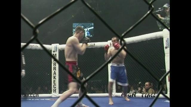 Artur Giloyan vs Arslan Amatov, M-1 MFC: World 2000