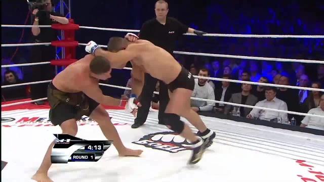 Михаил Заяц vs Давид Ткешелашвили, M-1 Challenge 22