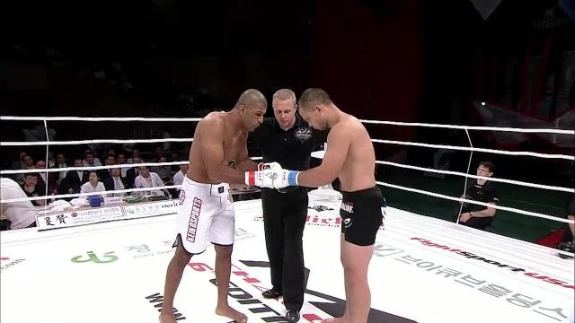 Гива Сантана vs Радмир Габдуллин, M-1 Challenge 17