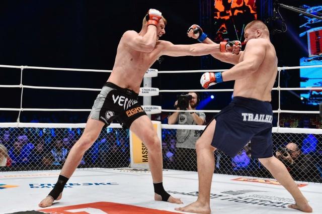 Денис Смолдарев vs Александр Волков, M-1 Challenge 64