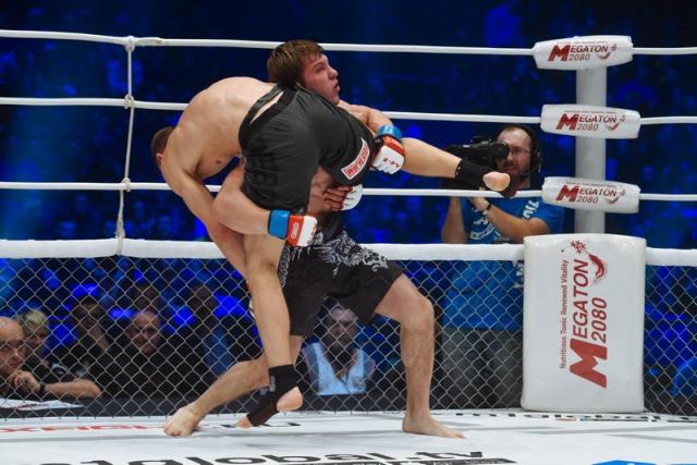 Станислав Реуцкий vs Михаил Кузнецов, M-1 Challenge 63