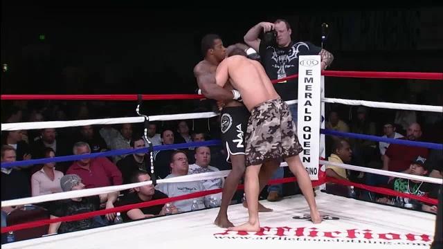 Яир Гонкалвес vs Рафаэль Девис, M-1 Challenge 12