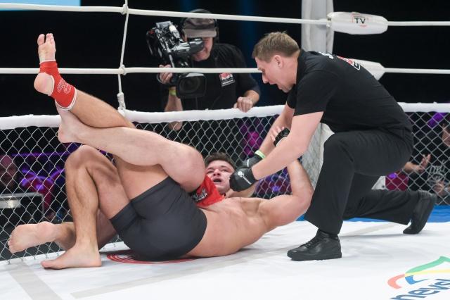 Artur Tyulparov vs Michal Kotalik, M-1 Challenge 72