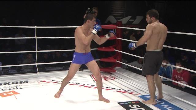 Рашид Магомедов vs Шамиль Завуров, M-1 Selection 2009 9