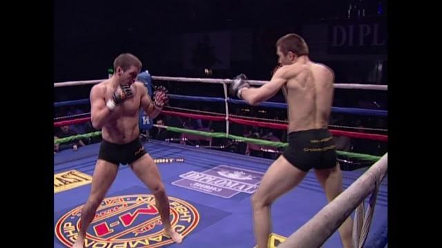 Роман Галако vs Парвиз Мастабегов, MFC Mix-Fight 2004