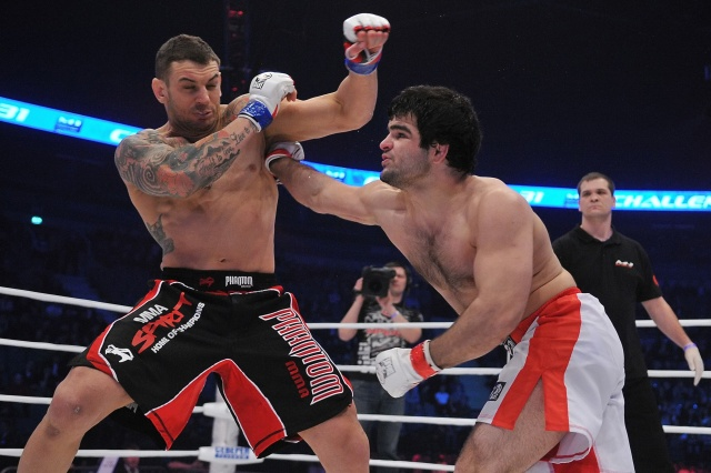 Рамазан Эсенбаев vs Бруно Карвальо, M-1 Challenge 31