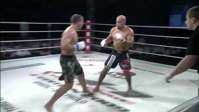 Александре Мачадо vs Михаил Заяц, M-1 Challenge 15