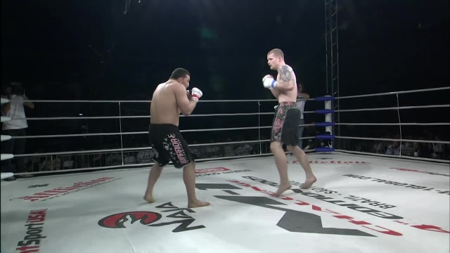 Йордан Радев vs Дэнни Смит, M-1 Challenge 15