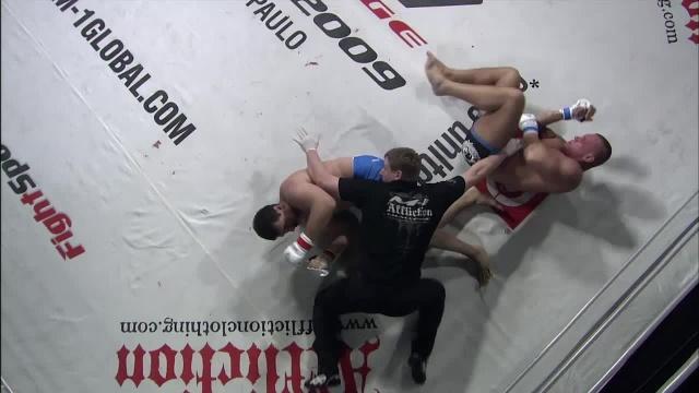Ахмед Султанов vs Ларс Клуг, M-1 Challenge 15