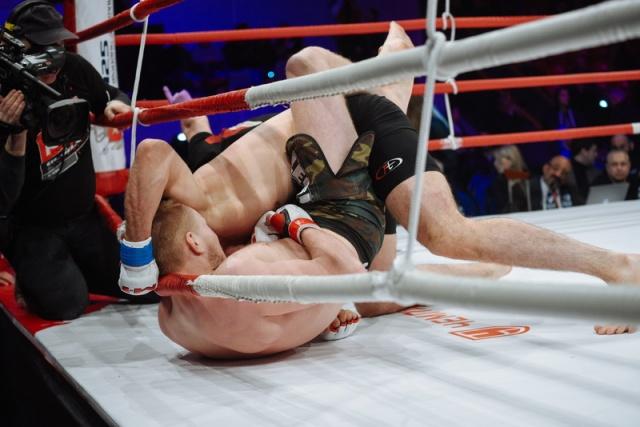 Артем Фролов vs Артур Одилбеков, M-1 Challenge 55