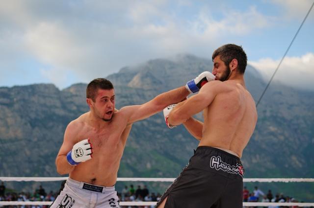 Мухаммед Аушев vs Ивица Трушчек, M-1 Challenge 33