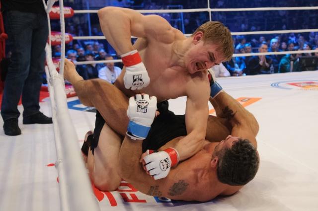Андрей Семенов vs Микеле Верджинелли, M-1 Challenge 36