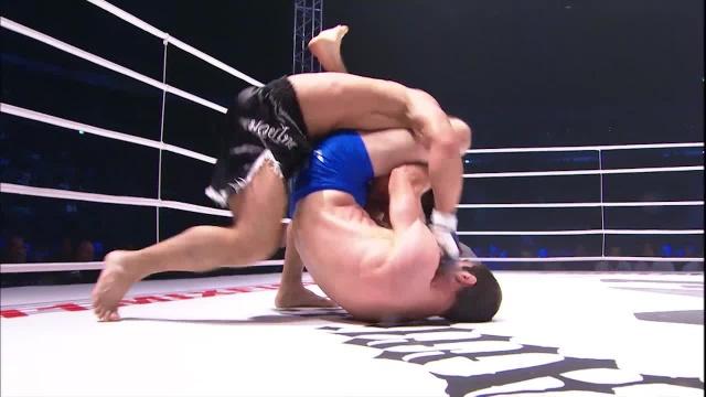 Магомед Шихшабеков vs Романо Де Лос Рейес, M-1 Challenge 09