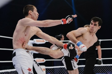Алияр Саркеров vs Максим Макаров, M-1 Challenge 39