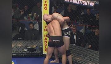 Ислам Каримов vs Дейв Штрассер, M-1 MFC - Russia vs. the World 4