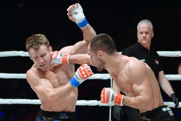 Josh Rettinghouse vs Sergey Morozov, M-1 Challenge 105