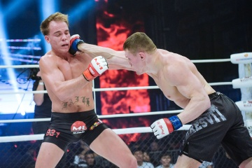 Андрей Лежнев vs Нэйт Ландвер, M-1 Challenge Battle in Atyrau