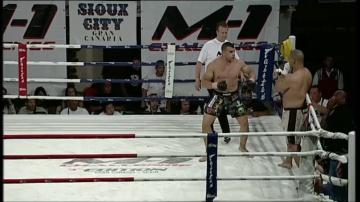 Джесси Гиббс vs Кармелло Молина, M-1 Challenge 03
