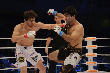 Альберт Шогенов vs Анвар Абдулов, M-1 Challenge 36