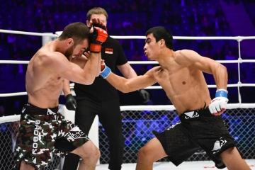 Заур Касумов vs Архат Мунбаев, M-1 Challenge 54