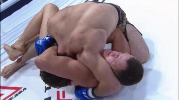 Шамиль Тинагаджиев vs Илья Малюков, M-1 Selection 2009 7