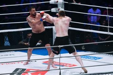 Филип Де Фрис vs Антон Вязигин, M-1 Challenge 84