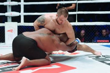 Michel Batista vs Yuriy Fedorov, M-1 Challenge 105