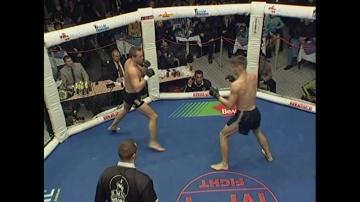 Ронни Ривано vs Данила Веселов, M-1 MFC - Russia vs. the World 2