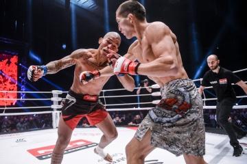 Хелитон Дос Сантос Давелла vs Баир Штепин, M-1 Challenge 88