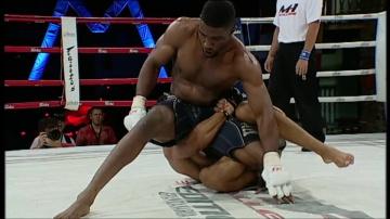 Джонатан Леон vs Джейсон Джонс, M-1 Challenge 03