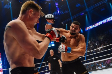 Аттила Вей vs Александр Волков, M-1 Challenge 68
