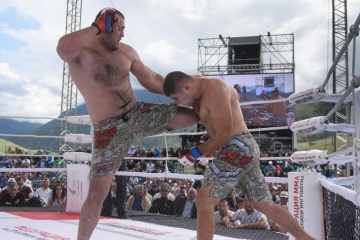 Oleg Popov vs Adam Bogatyrev, M-1 Challenge 95