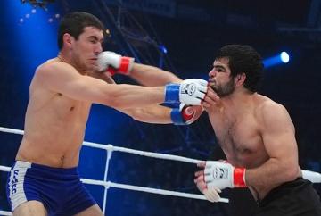 Рамазан Эсенбаев vs Альберт Ахмедов, M-1 Challenge 25