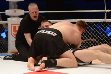 Денис Смолдарев vs Евгений Гурьянов, M-1 Challenge 48