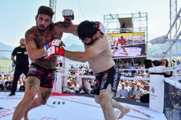 Альберто Варгас vs Ахмадхан Оздоев, M-1 Challenge 81