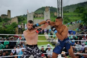 Мухаммед Аушев vs Флорент Беторангал, M-1 Challenge 40